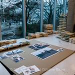 Ausstellungsaufbau in der H.-Boell-Stiftung